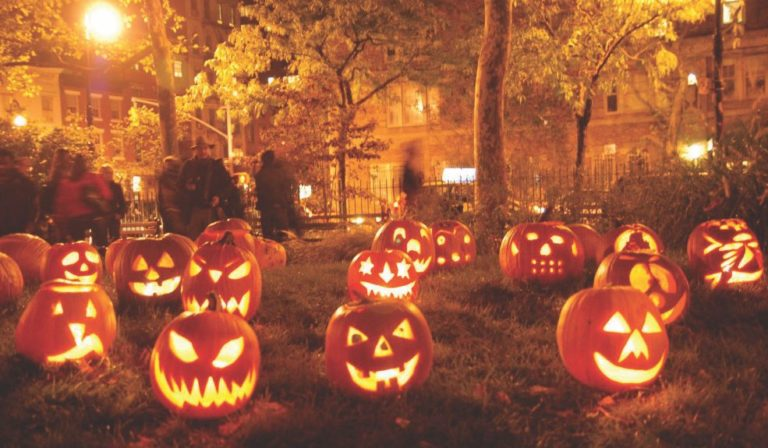 Be Safe During Halloween with a Functioning Phone